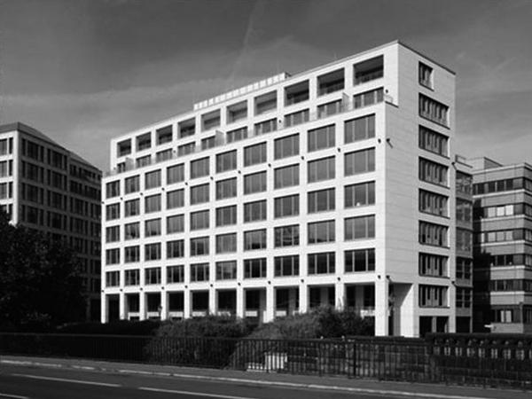 KLEINE KURSTRASSE, BERLIN OFFICE BUILDING