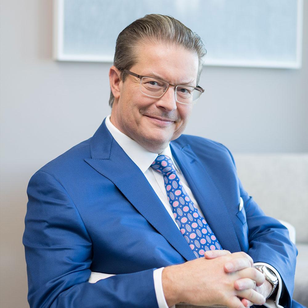 Rainer Schorr im Firmensitz seines Unternehmens