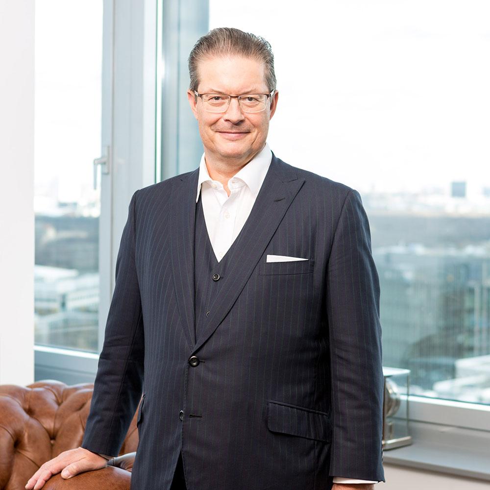 Rainer Schorr im Office